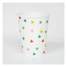 Cups with Multicolored Triangles