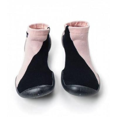 Καλτσοπαντοφλάκια Collegien και NUNUNU - Black and Pink