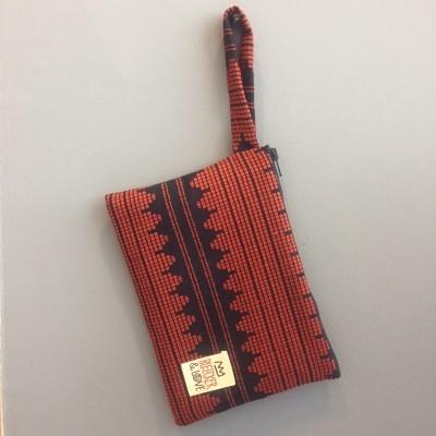 Waterproof Bag Woven - Black and Red Queen
