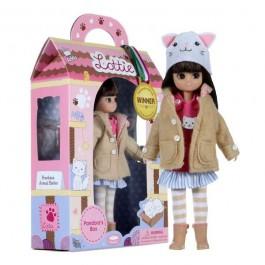 Κούκλα Βινυλίου Lottie - Το κουτί της Πανδώρας